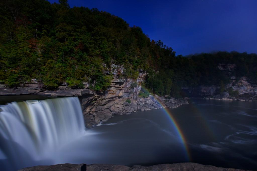 Ky Cumberland Falls Moonbow 003