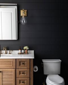 Benjamin Moore Cheating Heart Shiplap Bathroom With Louvered White Oak Vanity 1